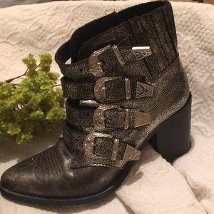Steve Madden Black Leather Ankle Booties Sz 6.5